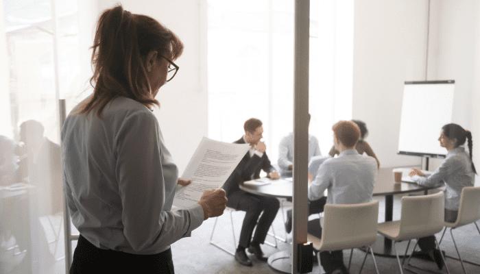 Comment vaincre la peur de parler devant un public